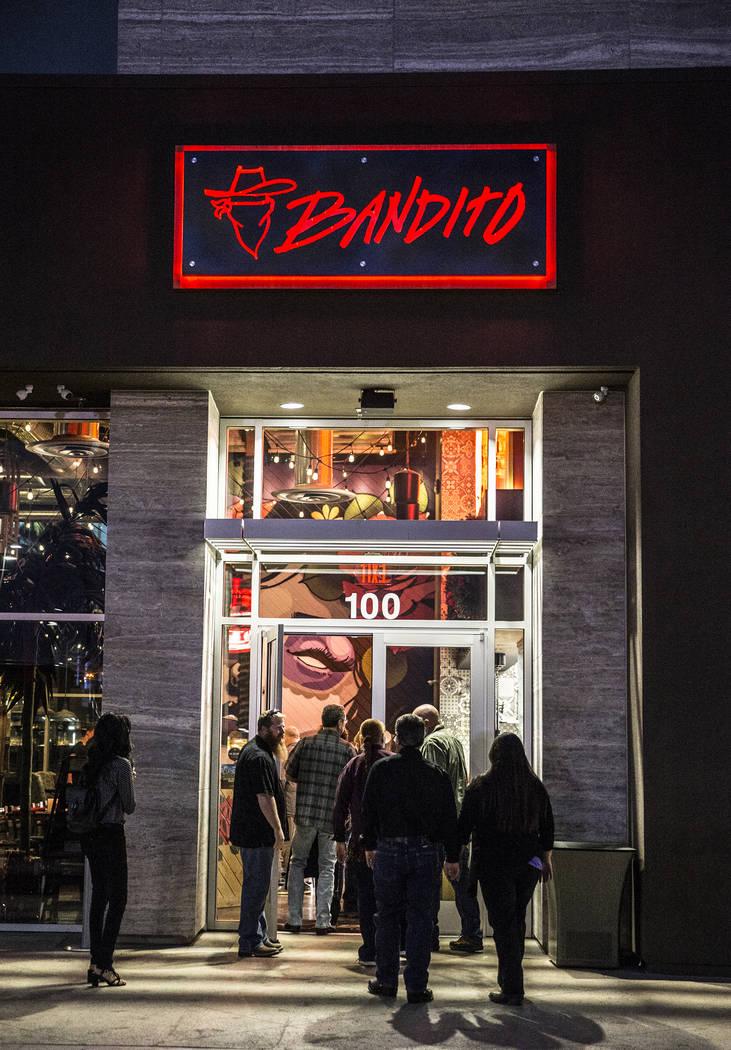 Diners enter Bandito Latin Kitchen & Cantina on Saturday, Dec. 2, 2017, in Las Vegas. Benjamin Hager Las Vegas Review-Journal @benjaminhphoto