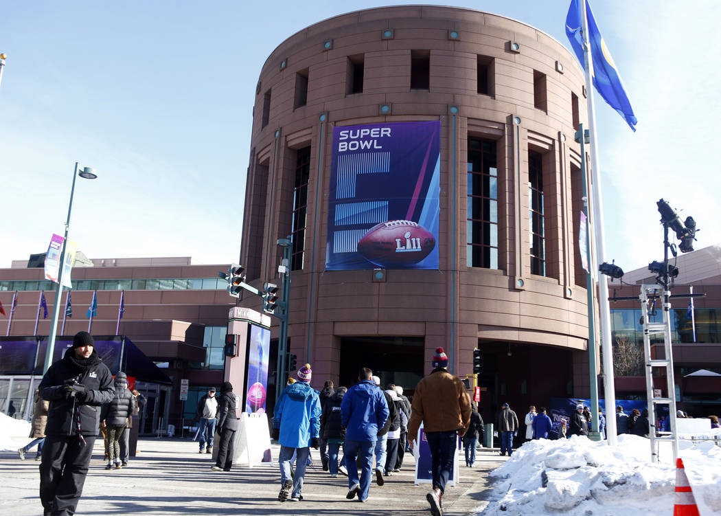 Fans enter the Minneapolis Convention Center to see the NFL Experience in Minneapolis, Minn., Friday, Feb. 2, 2018. Heidi Fang Las Vegas Review-Journal @HeidiFang