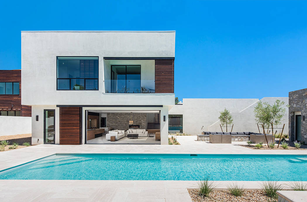 Famed photographer Peter Lik partnered with Las Vegas architect Eric Strain to develop the Jewe ...