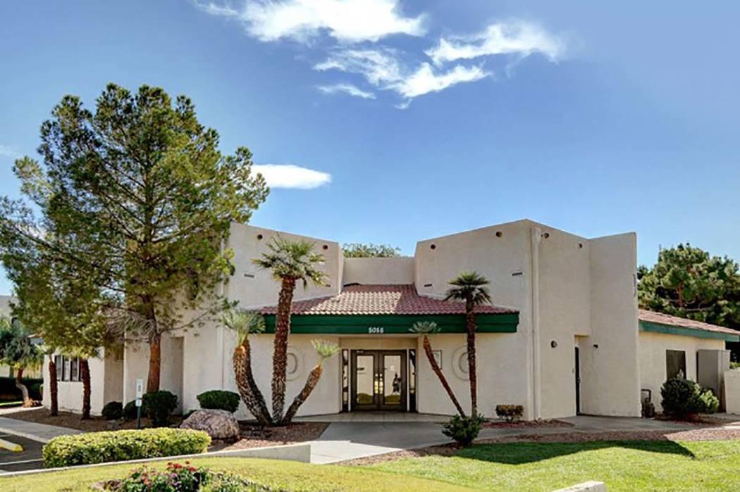 Villas East Apartments (Villas East website)