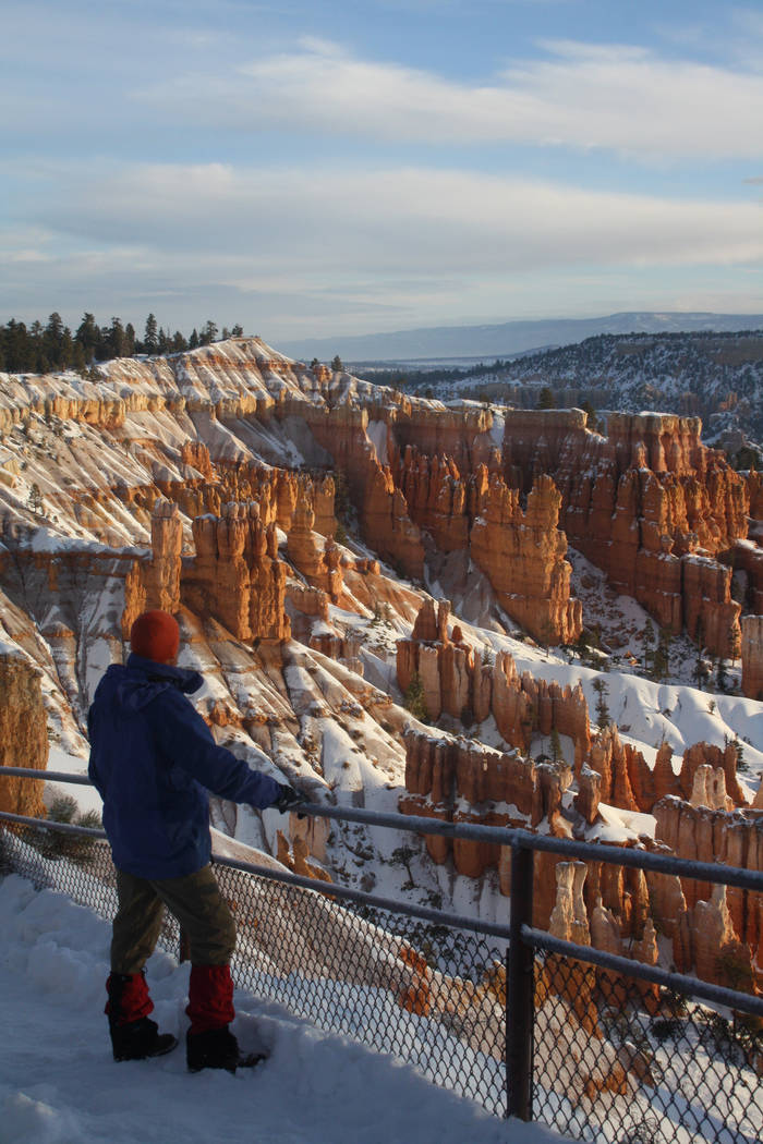 A visitor takes in the views of the hoodoo-filled amphitheater. (Deborah Wall/Las Vegas Review- ...