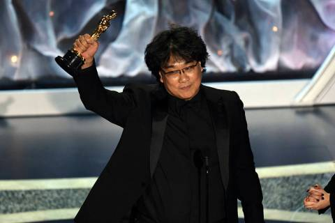 """Bong Joon Ho accepts the award for best international feature film for """"Parasite,"""" fr ..."""