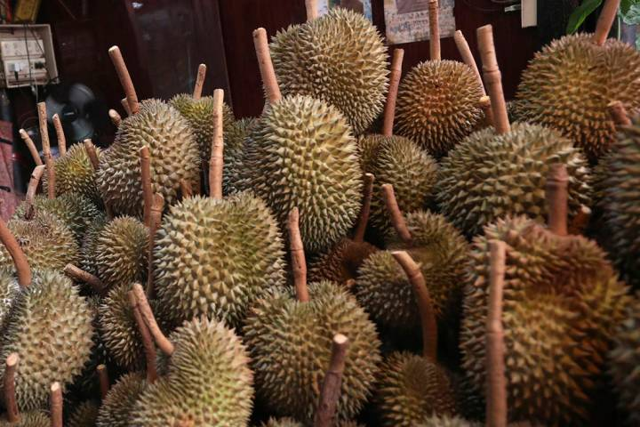 FILE - This Sept. 3, 2019, file photo shows durians for sale in Bangkok. Police in Hawaii are i ...