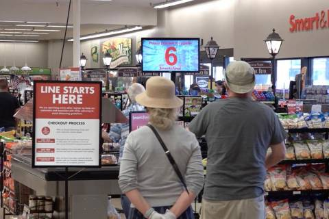 Smart & Final's new system will indicate when a register is free. (Smart & Final)