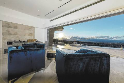 Richard Luke Collections Experts say the trend for more indoor/outdoor living areas will contin ...