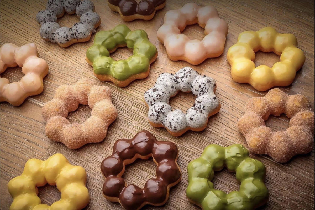 Paina Cafe's mochi doughnuts are just as tasty as they are photogenic. (Paina Cafe/Facebook)