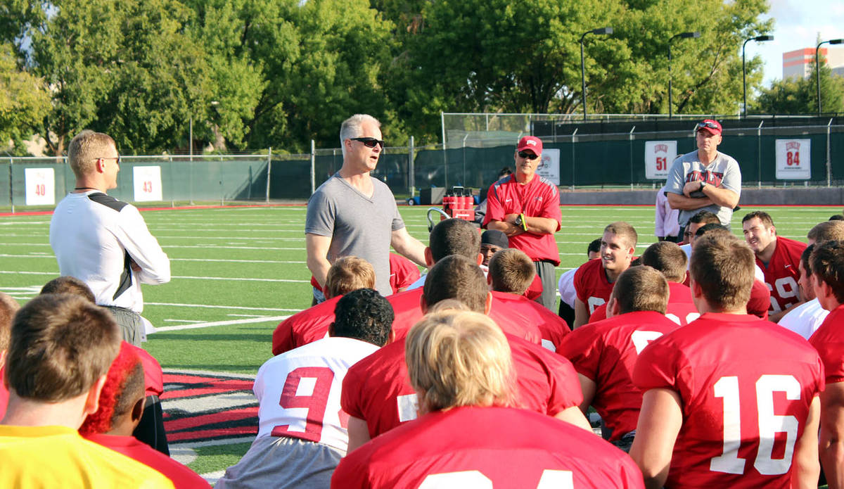 ESPN anchor Kenny Mayne speaks to the UNLV football team in this undated photo. To the left is ...
