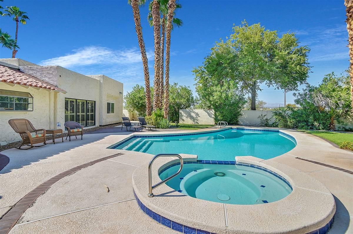 Pool and spa. (Nartey Wilner Group)