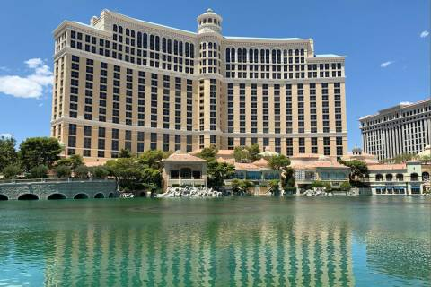 Las Vegas police investigate a drowning at the Bellagio fountains on the Strip on Friday, July ...