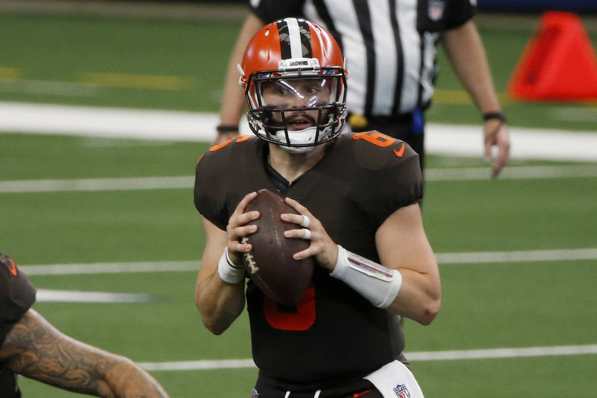 Cleveland Browns quarterback Baker Mayfield (6) prepares to pass against the Dallas Cowboys dur ...
