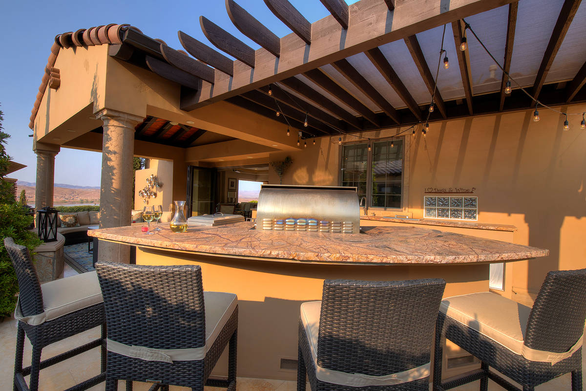 The outdoor kitchen. (Synergy Sotheby's International Realty)