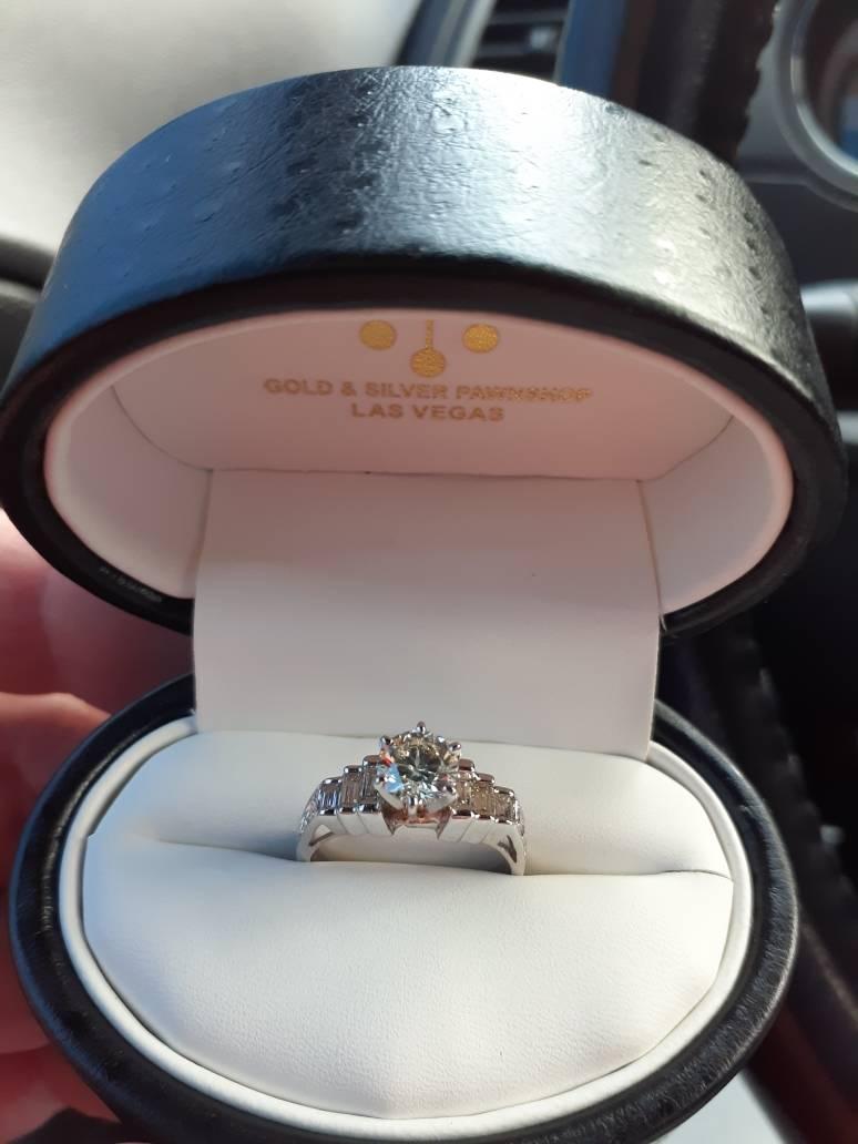 Dani Elizabeth's engagement ring from Murray Sawchuck. (Murray Sawchuck)