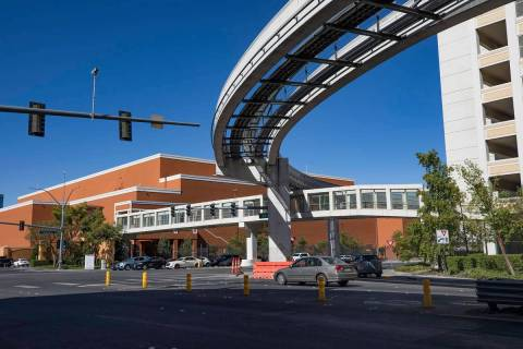 The Las Vegas Monorail track along Sands Avenue and Koval Lane in Las Vegas, Tuesday, Aug. 11, ...
