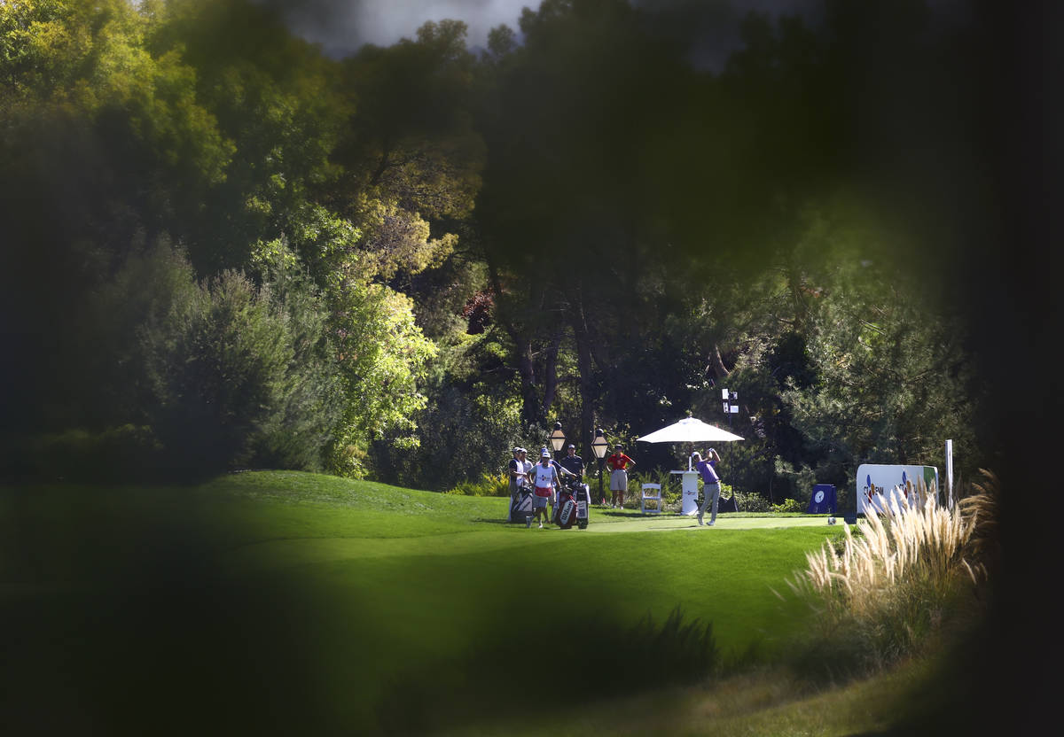 Kevin Streelman tees off from the first hole during the second round of the CJ Cup at the Shado ...