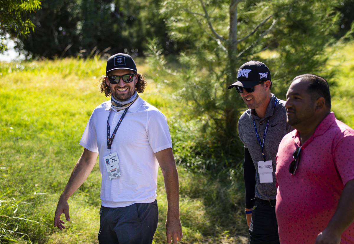 Golden Knights' Mark Stone follows the action near the seventh green ÷during the final rou ...