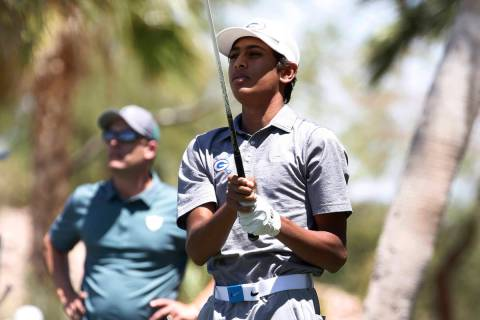 Bishop Gorman High's Aarjav Patel hits his tee drive during the 2018 NIAA 4A State boys golf to ...