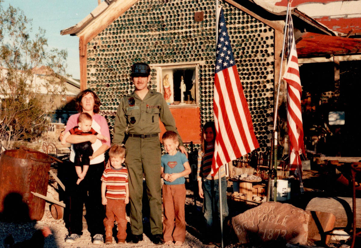 The Thompson family hosts a uniformed visitor in late 1984. (Thompson family)