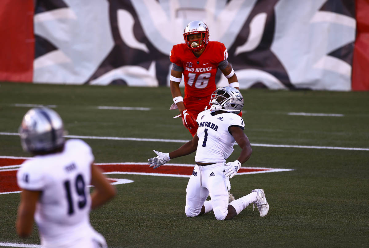 UNR Wolf Pack wide receiver Melquan Stovall (1) reacts after a pass was broken up by New Mexico ...