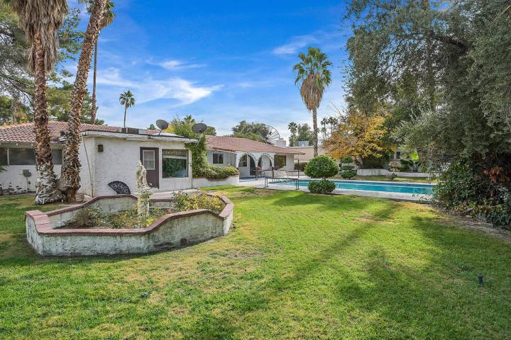 The home of the late legendary Las Vegas sports bettor Lem Banker has been listed on the market ...