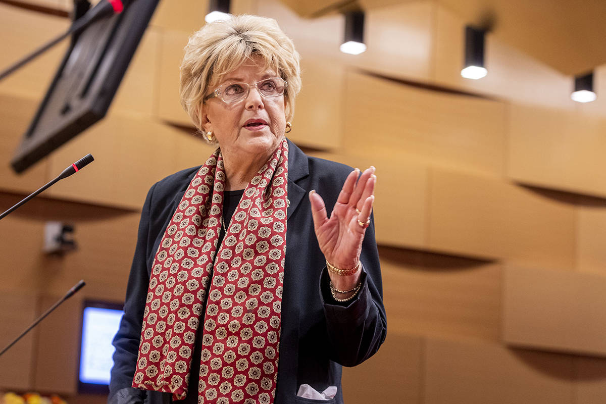 Las Vegas Mayor Carolyn Goodman delivers a public statement during a public meeting at the Las ...