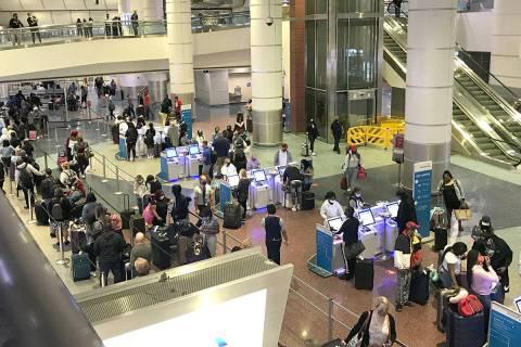 McCarran International Airport sees long lines Monday, April 26, 2021. (McCarran)