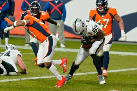 Las Vegas Raiders tight end Darren Waller (83) makes a catch in the endzone for a 2-point conve ...