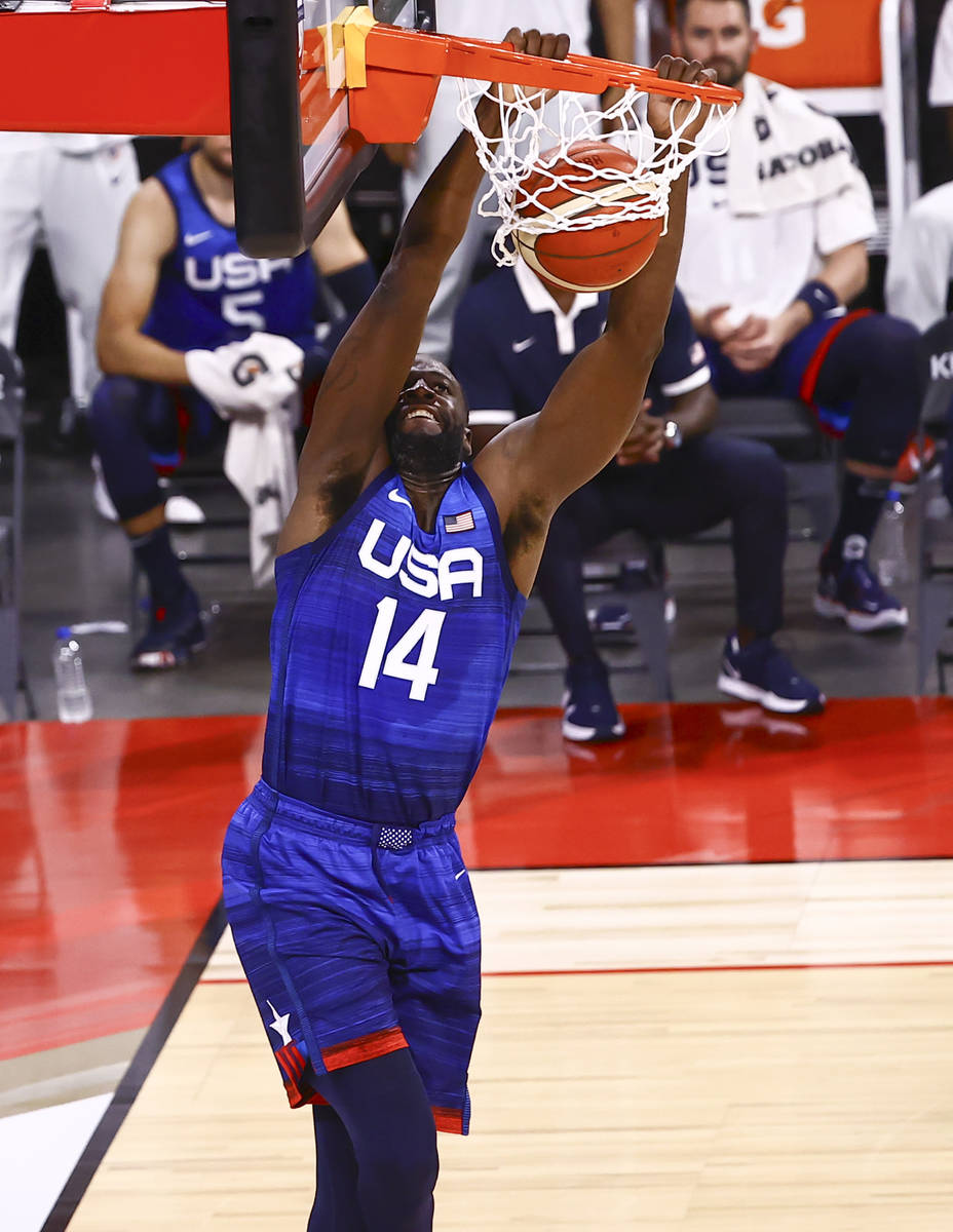 USAÕs Draymond Green (14) dunks the ball against Argentina during the first half of an exh ...