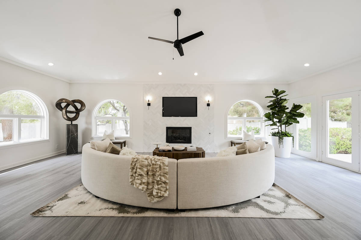 The living room. (LUXE Estates & Lifestyles)