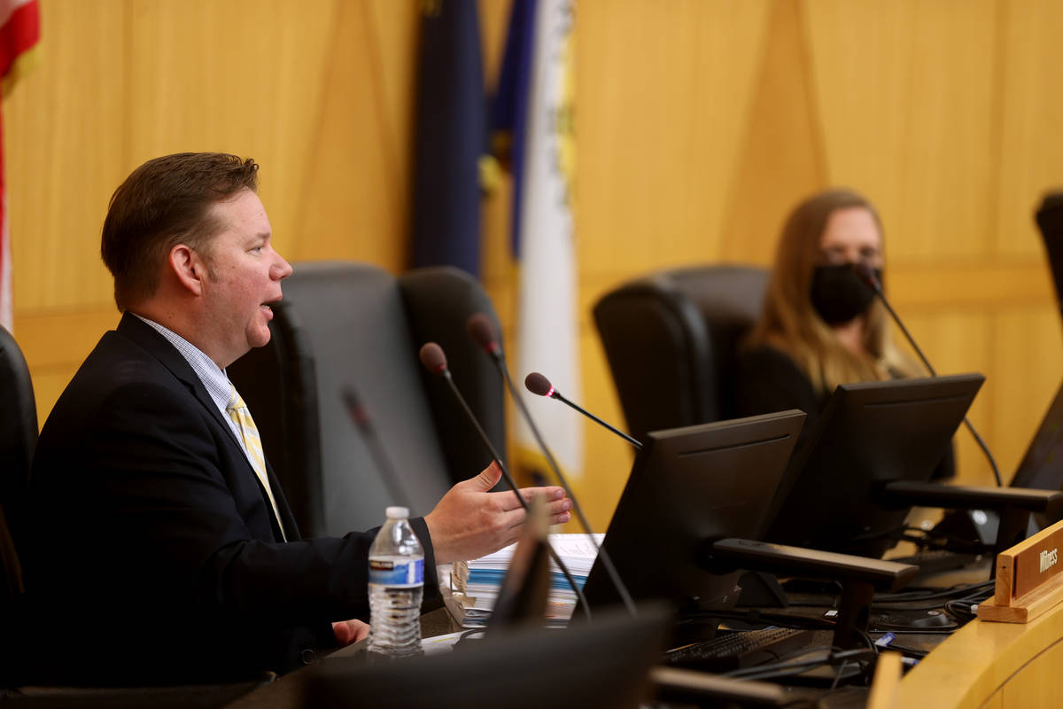 Metropolitan Police Department Detective Jason Leavitt testifies during a fact-finding review a ...