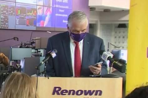 Gov. Steve Sisolak talks to Kathleen P. of Henderson, winner of $250,000, in Reno on Thursday, ...