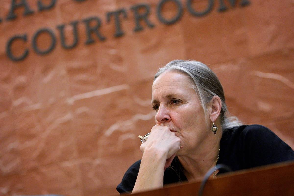 Franny Forsman teaches a class at UNLV's Boyd Law School in April 2011. (Las Vegas Review-Journal)