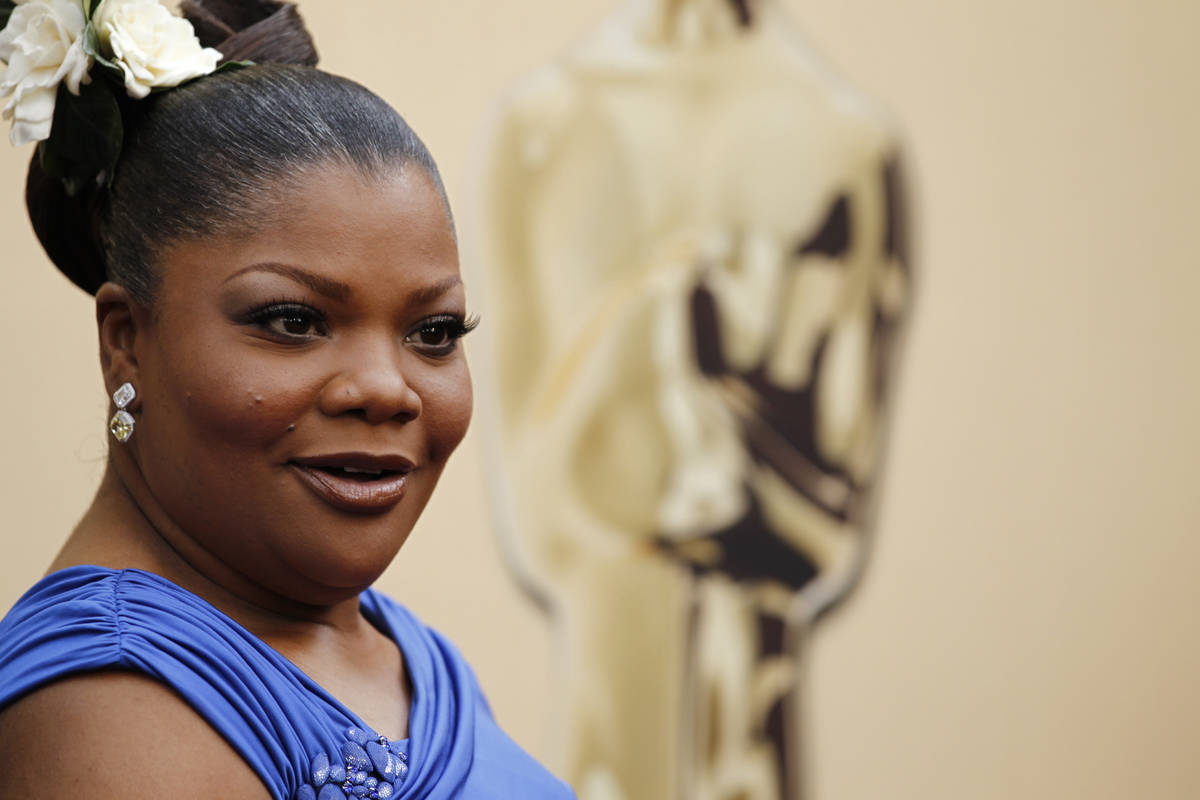 FILE - In this March 7, 2010 file photo, Mo'Nique arrives at the 82nd Academy Awards in Los Ang ...